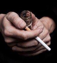 1115440_cigarette and alcohol