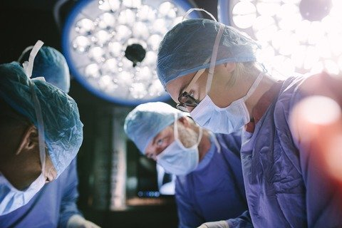 Staging of mesothelioma in surgery