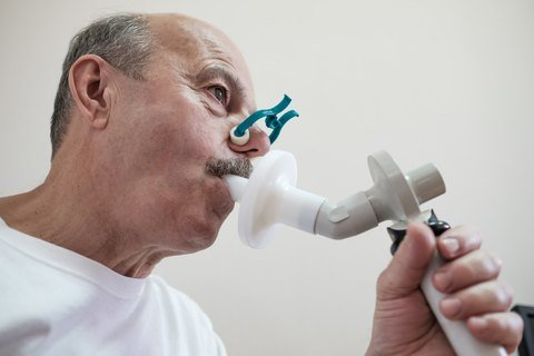 detect early mesothelioma with breath test?