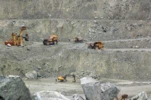 history of asbestos mining
